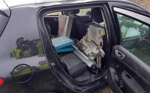 Cinco heridos cuando huían de la Guardia Civil tras un 'simpa' en una gasolinera y dos robos