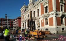 El alcalde de Valladolid espera que la reforma del aparcamiento de la Plaza Mayor finalice a inicios de 2019