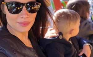 Pilar Rubio disfruta con sus hijos mayores en el parque de atracciones