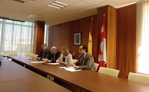 Pilar del Olmo: «La Junta ha invertido 61 millones de euros en 2017 con el Plan Soria»