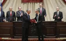 Portugal condecora a la Universidad para engrandecer su VIII Centenario