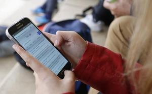 Detenidos en Salamanca dos menores por robar el móvil a una joven y venderlo