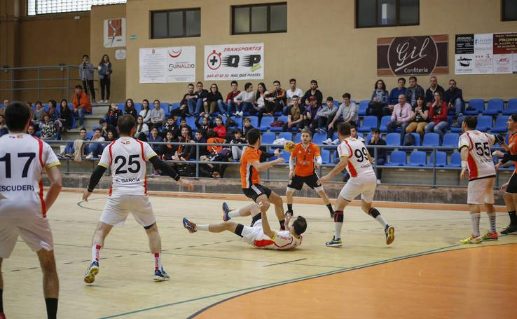 El BM Ciudad de Salamanca encaja su segunda derrota consecutiva