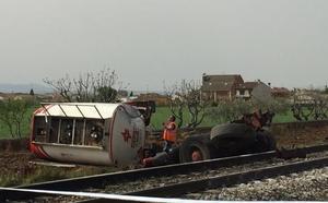 Muere un camionero en Toledo al chocar con un tren de pasajeros