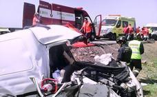Muere un hombre de 65 años en una colisión frontal en Villacid de Campos