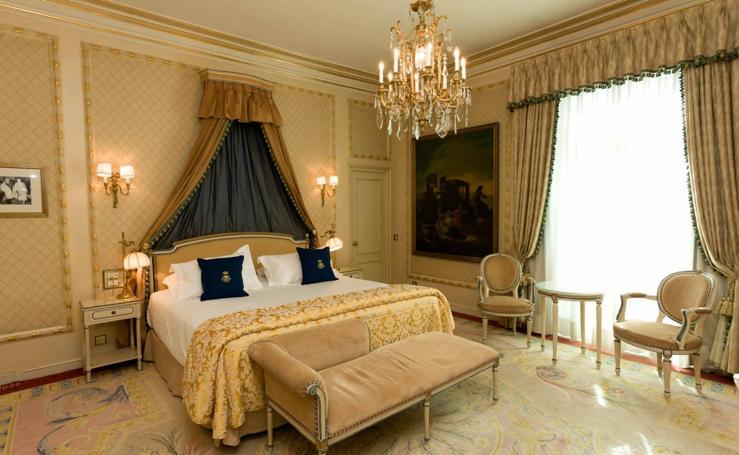 Los tesoros del Ritz de Madrid, a subasta