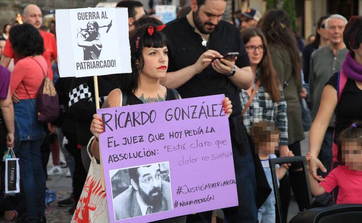 Concentración en contra de la sentencia de La Manada