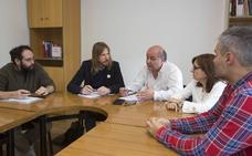 Pablo Fernández pide a Herrera que rompa el carné del PP ante sus críticas a la gestión en Madrid