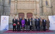El VIII Centenario pierde difusión mundial al no divulgar las embajadas españolas su logotipo