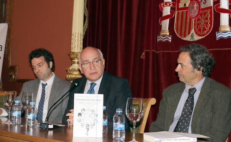 Javier Zarzalejos, director de FAES, presenta su último trabajo en el Aula de Cultura de El Norte de Castilla