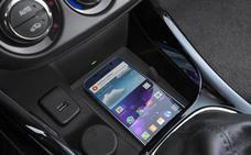 ¿Por qué no debes cargar el móvil en el coche? El fallo que muchos cometen