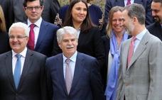 El Rey preside en La Granja el debate sobre el futuro de las democracias liberales
