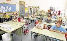 Nuria Caballero: «El anuncio de mantener las escuelas rurales con tres alumnos es electoralista»