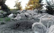 Denuncian el uso de dinero público para la eliminación de residuos particulares en Mudrián
