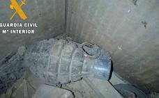 La Guardia Civil destruye una granada de mano localizada en una vivienda de Piña de Campos