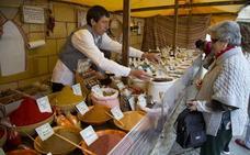 El Mercado Castellano de Valladolid exhibe el trabajo de 91 talleres artesanos