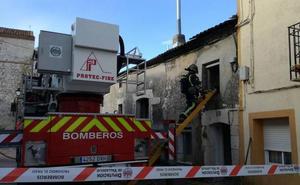 Tres viviendas dañadas a causa de un incendio en Canalejas de Peñafiel