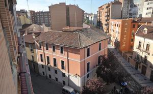 Las Hermanas del Niño Jesús ponen a la venta su céntrico colegio en Valladolid por dos millones