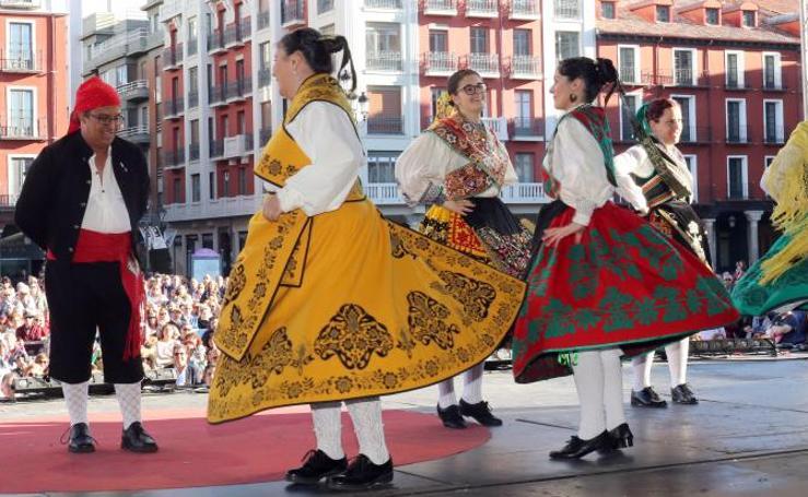 XXVII Festival de Folclore en Valladolid