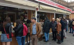 La Feria del Libro acaba y deja un balance con numeroso público y ventas fluidas