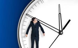 Las horas extras se disparan en Castilla y León en los contratos a tiempo parcial de los servicios