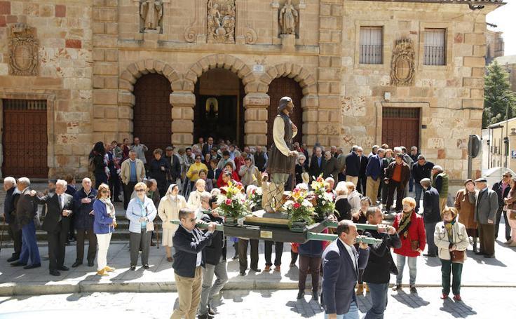 Los agricultores salmantinos honran a San Isidro
