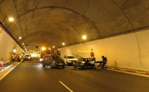 Simulacro de incendio de un vehículo en el túnel de Padornelo