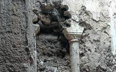 Descubren en un edificio de Tamariz de Campos una ventana del siglo XIV