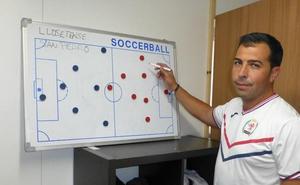 Troya: «Tenemos un proyecto para subir e iremos a Salamanca a ganar el partido»