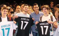 Álvaro Arbeola participa en una masterclass con alumnos de la UEMC