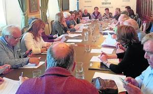 El reparto de 2,3 millones para obras divide a asociaciones de vecinos y grupos políticos
