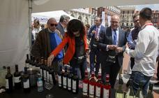 Inauguración de 'Valladolid, Plaza Mayor del Vino´ en la Plaza Mayor de la capital