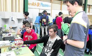 Alumnos del IES Las Salinas de Laguna sacan la ciencia a la calle