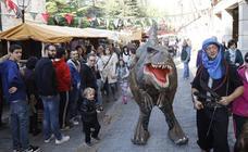 El Mercado Jurásico lleva a Palencia a la prehistoria