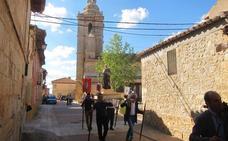 Castromonte se rinde ante la Virgen del Rosario al ritmo de la música de José Luis Gutiérrez