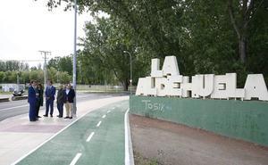 Amplían el carril bici y crean 200 aparcamientos en La Aldehuela