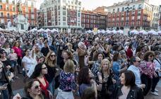 Miles de personas disfrutan en la primera cita gastronómica de 'Valladolid, Plaza Mayor del Vino'