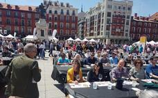 'Valladolid, Plaza Mayor del Vino' atrae a cientos de amantes de la gastronomía
