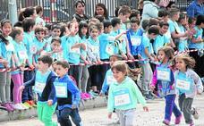 Los alumnos del colegio Santa Clara de Cuéllar muestran su cara más solidaria