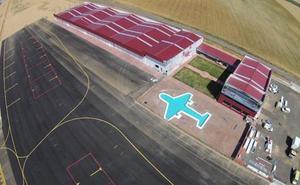 Un parapentista resulta herido durante el aterrizaje en el aeródromo de Pajares de los Oteros