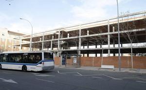 El Zurguén planteará la creación de una nueva línea de bus al hospital