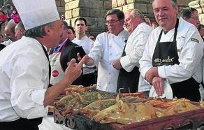 El chef italiano Roberto Capone pregonará la Fiesta de Exaltación del Cochinillo