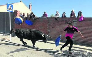 Aldeamayor despide la fiesta del Villazgo con un multitudinario encierro urbano