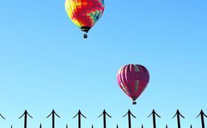 Los ganaderos exigen medidas «inmediatas» para evitar el aterrizaje de globos en sus fincas