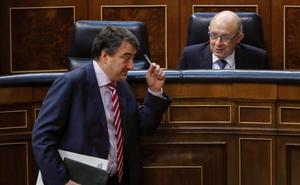 Rajoy apuntala la legislatura tras obtener el apoyo del PNV a los Presupuestos