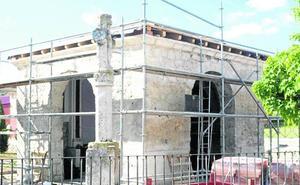 San Miguel del Arroyo recupera la deteriorada ermita del Humilladero