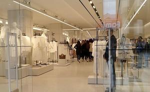 El 'macroZara' de León crea cien empleos, activa la zona comercial de Ordoño y venderá 50.000 prendas en tres días