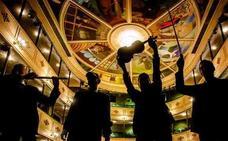 'Fàcyl 2018' baja el telón con danza vertical en la Catedral y el concierto de Baden Bah