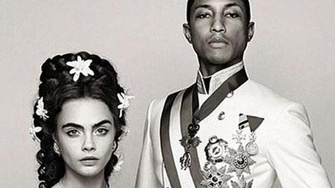 Cara Delevingne y Pharrel Williams se transforman en Sisí Emperatriz y Francisco José I