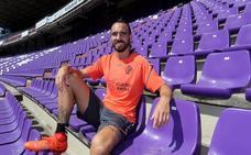 Borja Fernández: «Me pongo nervioso cuando entro por primera vez en un vestuario»